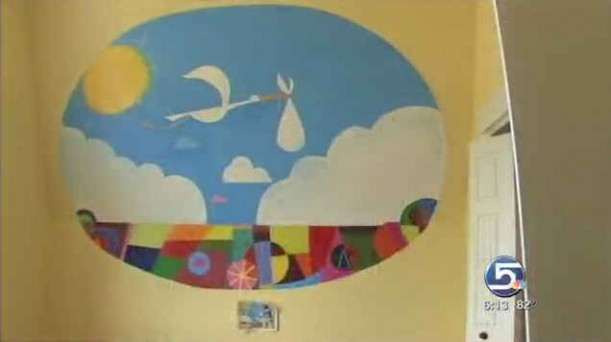 nursery-mural-in-the-Up-house-611x342